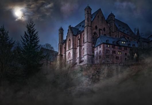 castle-1483681_1280